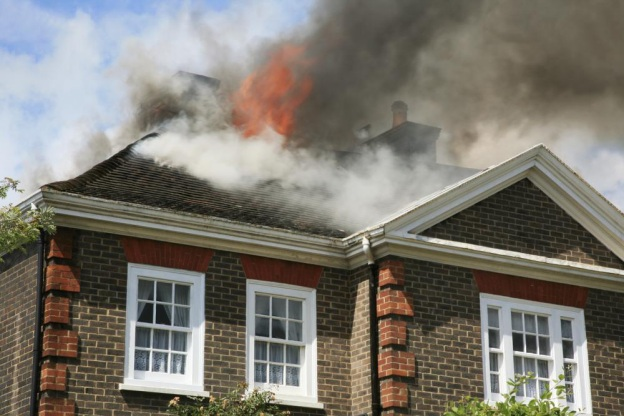 4 Tips for Hiring a Fire Damage Restoration Contractor